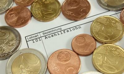 Münzen auf Aushilfslohn
